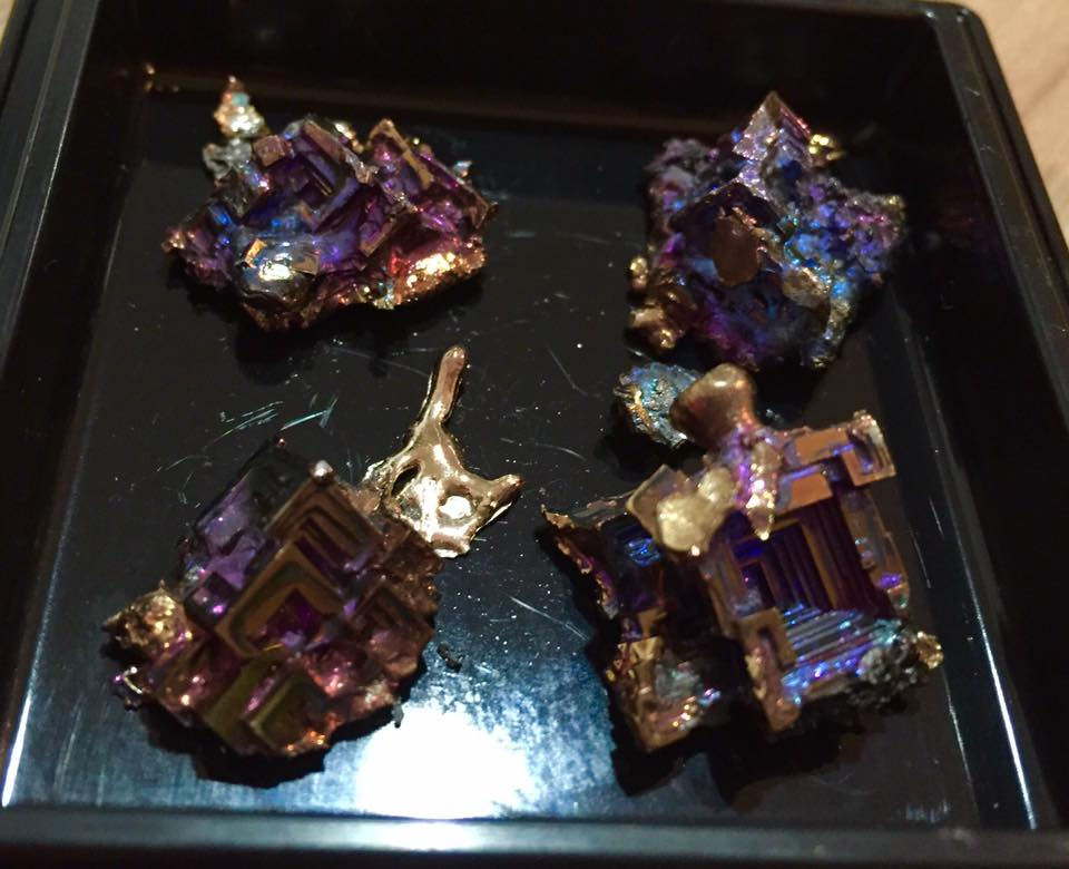 ビスマスの結晶